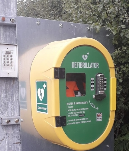 defib at the centre