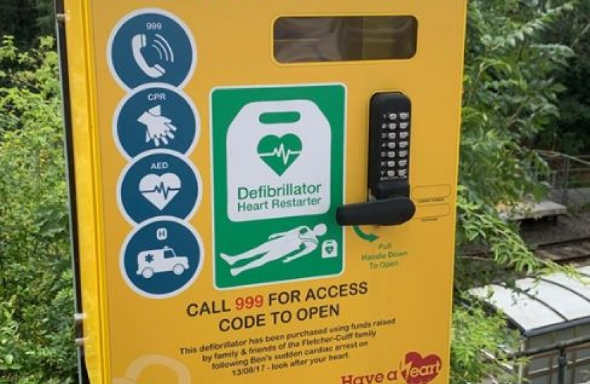 defib at the train station